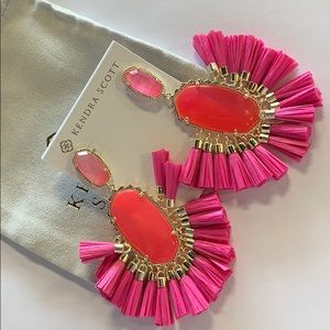 Cristina earrings gold magenta mother of pearl